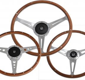 Laminated wood steering wheels